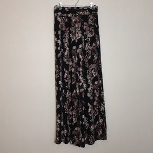 1. State High Waisted Floral Wide Leg Pants